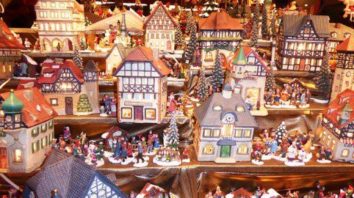 Personaggi si Natale in ceramica